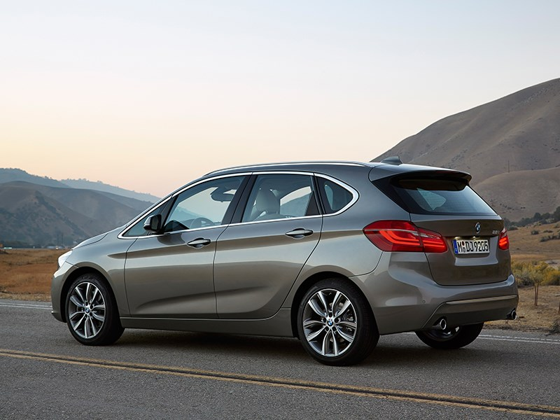 Фото универсал BMW 2 Series F22 рестайлинг