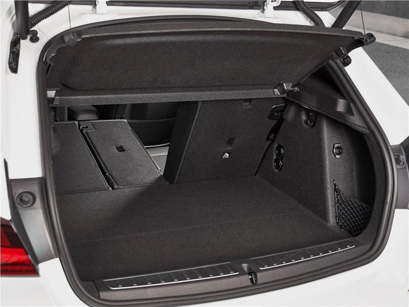 багажник BMW 1 series, поколение F40