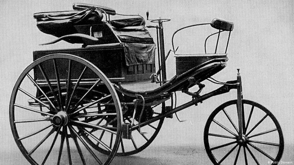 первый автомобиль в истории