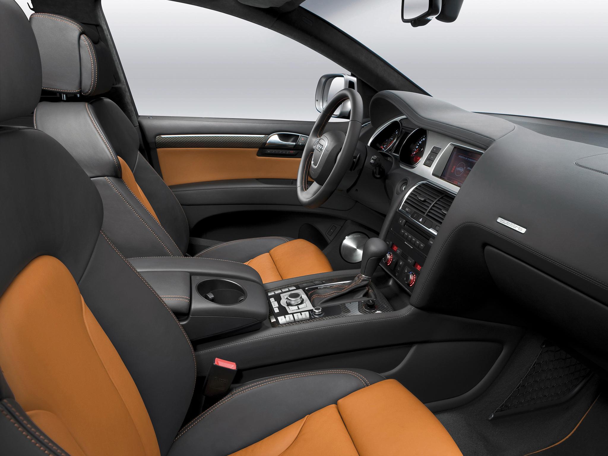 Audi Q7 1 поколние салон