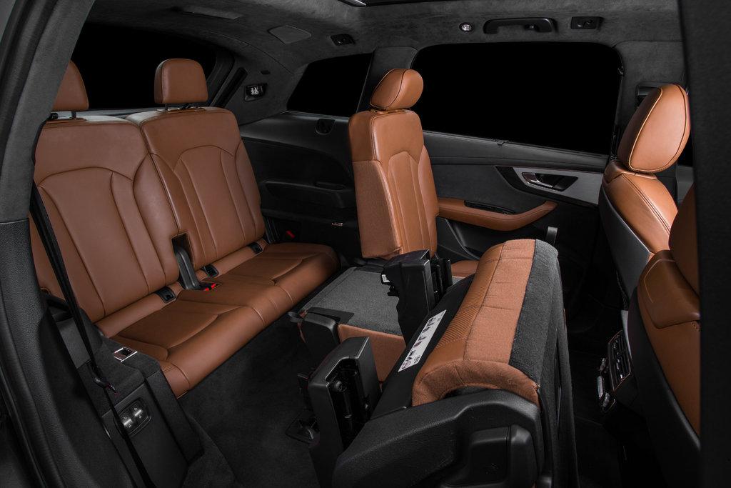 Audi Q7 2 поколение багажник
