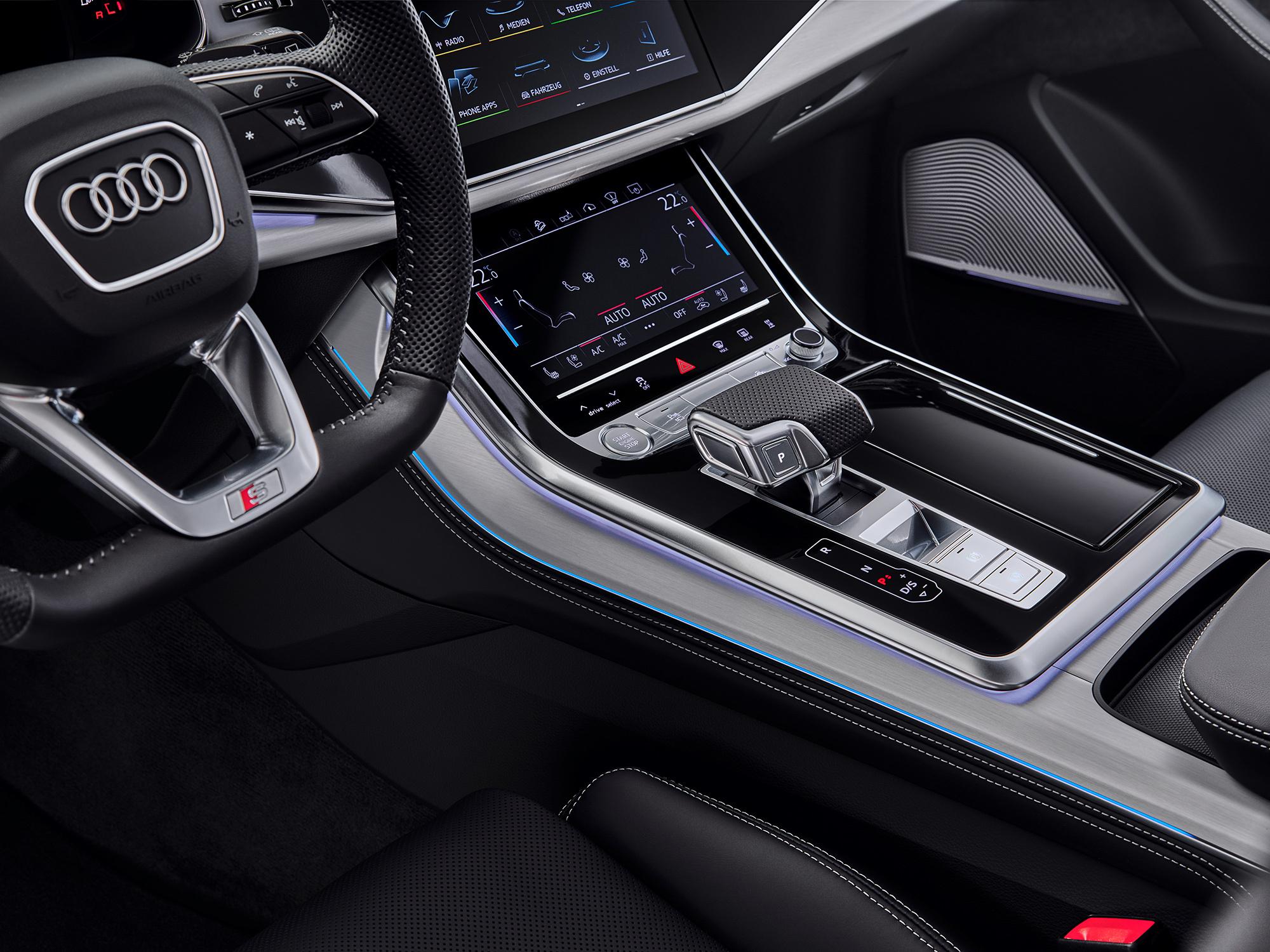 Audi Q7 3 в салоне