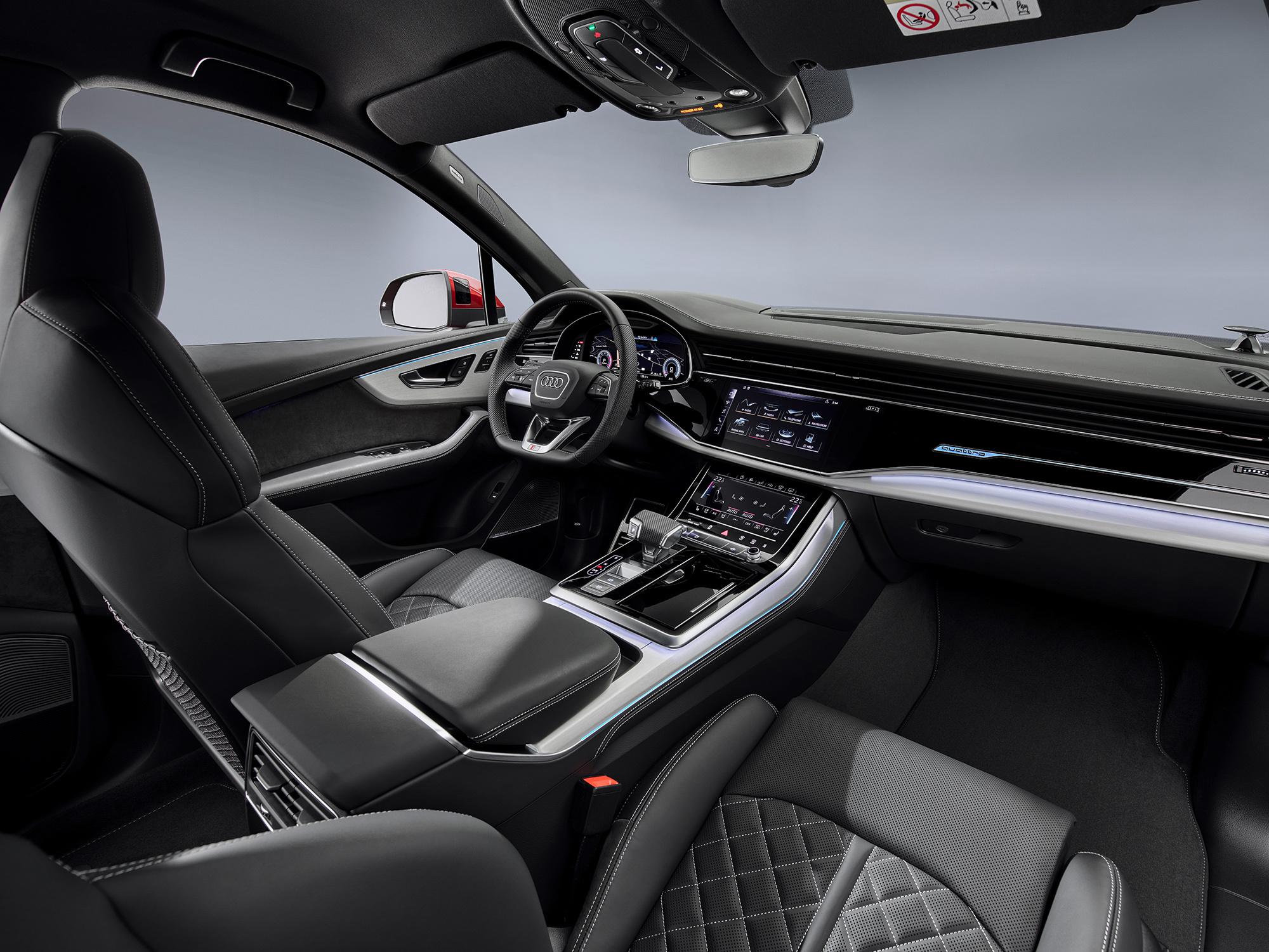 Audi Q7 3 поколние салон