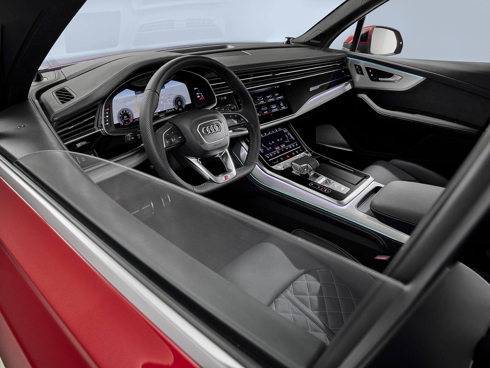 Audi Q7 3 салон
