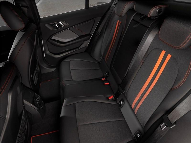 BMW 1 series, поколение F40 в салоне