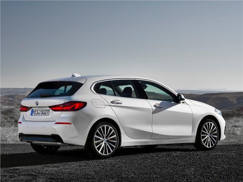 BMW 1 series, поколение F40