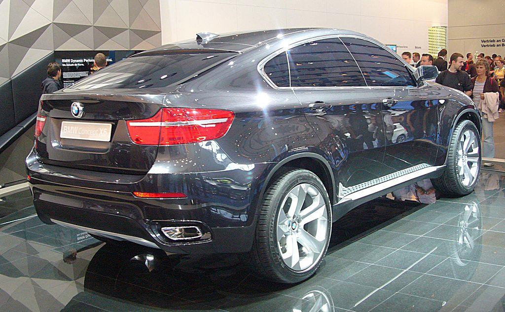 BMW X6 фото машины